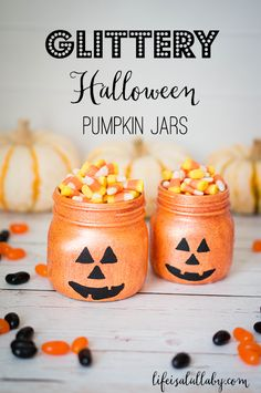 Glittery Halloween Jack-O-Lantern Pumpkin Jars Oooooooooooh so cute!!! Dont you think?