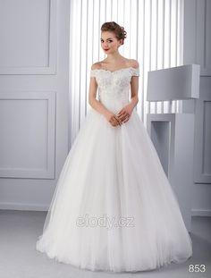 9 Nejlepsich Obrazku Z Nastenky Elody Bride Groom Dress