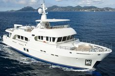 Moonen Yacht News, Reviews and Features | YachtForums: We Know Big Boats! Luxury Sailing Yachts, Big Yachts, Super Yachts, Luxury Boats, Motor Cruiser, Cruiser Boat, Cabin Cruiser, Sport Fishing Boats, Kayak Fishing