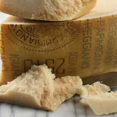 Parmigiano Reggiano Top Grade- Connoisseurs around the world, especially in its native northern Italy, savor Parmigiano Reggiano as a delicious, full-flavored eating cheese as well as a key addition to their finest dishes.