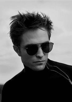 Robert Pattinson for Dior Homme Spring 2018 Campaign Beautiful Boys, Pretty Boys, Robert Pattinson Dior, Twilight Edward, Twilight Saga, Robert Douglas, Jamie Campbell Bower, Bae, Edward Cullen