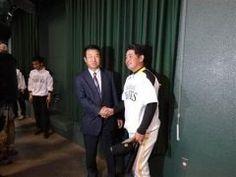 ホークスのヘッドコーチに元広島監督の達川光男氏が就任しました 所信表明では第一声から打倒日本ハムを宣言し早速秋季キャンプに参加 初日から選手達にげきを飛ばしていましたよ() tags[福岡県]