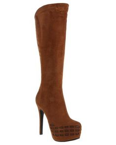 Looking for a boot that will have youlooking fashionable andkeep your feet dry? Then look no further than the PortlandKnee High Bootby PLUM. This trendy boot is brown and features a strikingheel to elongate your figure. Pair it with black skinny jeans and a crop top ifyou dare to be bold. Suede Boots, Heeled Boots, Latest Fashion For Women, Womens Fashion, Knee High Boots, Winter Boots, Bikini Set, Portland, Plum