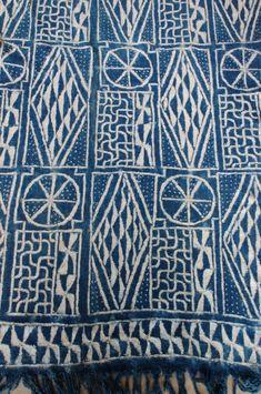 vintage cameroon handwoven indigo batik textile 62 x 40