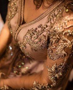 Maghrebi Beauty | Moroccan | Nuriyah O. Martinez | 149 mentions J'aime, 0 commentaires - caftan gandoura jelaba (@new_caftans) sur Instagram