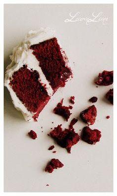 LeivinLiina: Red Velvet -kakku Food Inspiration, Red Velvet, Raspberry, Fruit, Ethnic Recipes, Desserts, Tailgate Desserts, Dessert, Postres