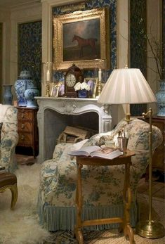Stunning french country living room decor ideas (29)