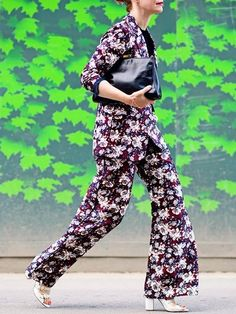 The New Way to Wear Bold Prints - Street Style