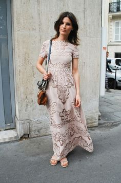 Youmightfindyourself.com - I love these printed maxidresses with sleeves.
