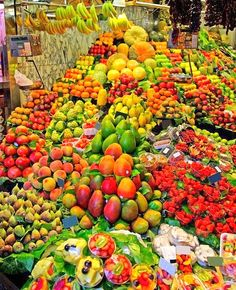 Fruit market in Mexico City #culture #Talavera #handmade #Mexican explore MexicanConnexion.com