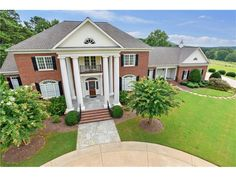 Want to shift to Marietta? Prestige Brokers can help you find a home in this stunning city. Look through our Marietta real estate property listings to discover homes for sale in Marietta, GA and buy a luxury house of your choice.  #Marietta #realestate #luxuryhouse #homeforsale #PrestigeBrokers #Brokers #house #properties