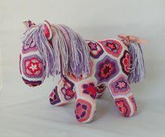 African Flower Crochet Horse Pink and Purple от ZayaLosya на Etsy