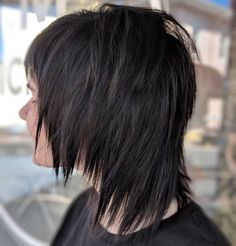 Straight Hairstyles 50 Shag Hairstyles That Are Trending Now.Straight Hairstyles 50 Shag Hairstyles That Are Trending Now Medium Shag Hairstyles, Medium Shag Haircuts, Edgy Haircuts, Thin Hair Haircuts, Layered Haircuts, Edgy Hairstyles, Hairstyles Videos, Natural Hairstyles, Summer Hairstyles