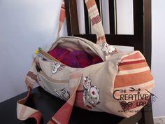 tutorial come fare borsa portalavoro gomitoli lana ferri 01 Fabric Bags, Lana, Gym Bag, Diaper Bag, Hobby, Fashion, Spring, Dots, Moda