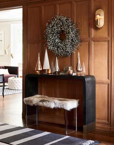 Shop Tyler Leather Console Table With Stitch Detail. Console takes a u-turn as a chic staple for the entry. Modern Console Tables, Modern Table, Kitsch, Acrylic Bench, South Shore Decorating, Small Room Design, Winter House, Home Interior Design, Interior Ideas