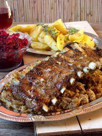 Gotowanie jest łatwe: Żeberka pieczone na kapuście, ziemniaki z pieca i surówka z pieczonego buraka Steak, Pork, Beef, Dinner, Cooking, Kitchen, Poland, Foods, Polish Food Recipes