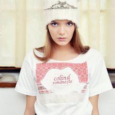 T-shirt Mândra Chic Colind românește    https://www.facebook.com/photo.php?fbid=934755246606474&set=a.105884479493559.13215.100002160235531&type=3&theater