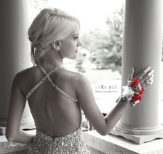 Prom photography can be very elegant