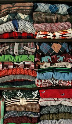 KATE it looks like I've found your dream sweater collection! Mazzy Star, Cozy Sweaters, Vintage Sweaters, Vintage Jumper, Oversized Sweaters, Winter Sweaters, Harris Tweed, Thing 1, Sweater Weather