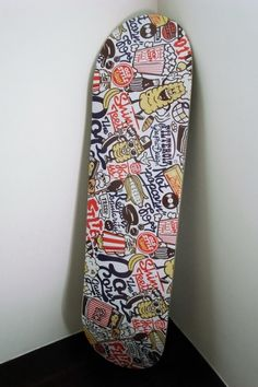 Way too much going on. There is no focal point and the eye will become confused. Simplify, or at least let something really stand out. Complete Skateboards, Cool Skateboards, Custom Skateboards, Skateboard Deck Art, Skateboard Design, Skate Bord, Skate 4, Snowboard Design, Skate And Destroy