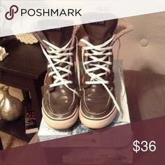 Mid top Sperry top siders Brand new with box. Sparkly laces, lovely shoe to have! Sperry Top-Sider Shoes Sneakers