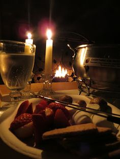 Day at home paris date night romantic dates, romantic ideas, at home Romantic Night, Romantic Dates, Romantic Dinners, Romantic Ideas, Romantic Surprise, Cute Date Ideas, At Home Date Nights, Picnic Date, Paris At Night