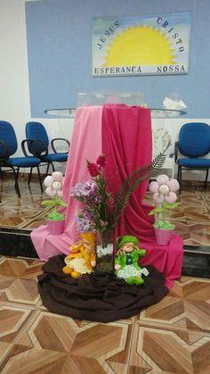 Decoraçao de pulpito para culto rosa