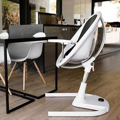 mima moon, with an easy height adjustment system making it easy for baby to eat with the family at the dining table. Baby Stroller Accessories, Baby Accessories, Baby Momma, Mom And Baby, Baby Corner, Pram Stroller, Baby Strollers, Baby Bjorn, Baby Equipment