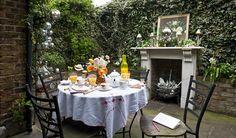 private outdoor garden room