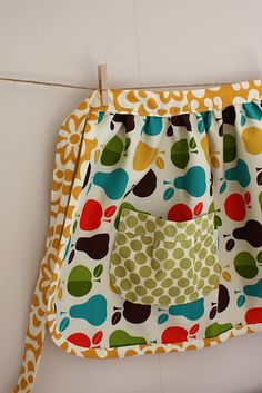 Gathered apron tutorial by Craftiness is Not Optional