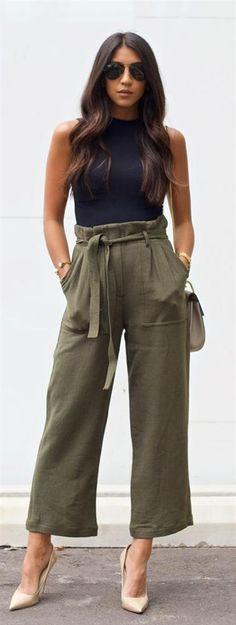 Günümüzde de yüksek bel modası devam ediyor... #maximumkart #moda #fashion #ofismodası #kıyafet #officefashion #kıyafetkombinleri