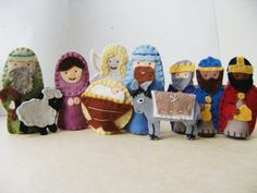 felt nativity finger puppets; maybe make as ornaments?