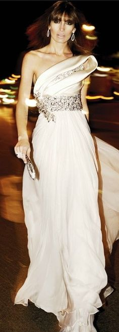 Haute Couture Outfits, High End Fashion, Beautiful Dresses, One Shoulder Wedding Dress, Party Dress, Zuhair Murad, Glamour, Gowns, Fashion Outfits