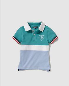 Polo de niño Tommy Hilfiger tricolor con bordado Toddler Boy Outfits 224119086cf76