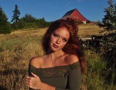 Redhead Redhead Gifts Redhead girl Shirt Funny Redhead Shirts Redheaded Redhead T-shirts redhead girls Ginger Hair Color, Hair Color For Fair Skin, Red Hair Color, Red Hair Tan Skin, Redhead Funny, Redhead Girl, Brunette Girl, Beautiful Red Hair, Beautiful Redhead