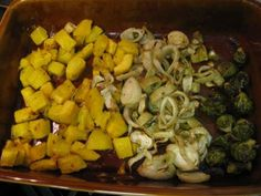 Roasted Fall Veggies (Butternut Squash, Fennel & Brussel Sprouts) Zucchini Squash, Butternut Squash, Fennel Recipes, Farmers Market Recipes, Original Recipe, Sprouts, Side Dishes, Roast, Easy Meals