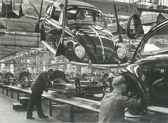 Wolfsburg:  A fascinating moment: bodies float from the assembly line, where now the front axle, frame, rear axle and engine come together to the chassis. Bosch screwdriver hammers and connect body and chassis - for a whole VW live. Submitted by Sencer Uneri