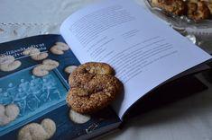 Viikonloppukokki: Kaneliässät Klassikkoruokia reseptit ja tarinat -k...