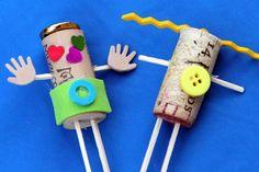 OMG, how cute! Fun wine cork crafts for kids