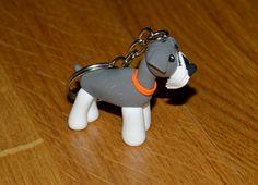 ¿Queréis regalar un llavero personalizado con tu mascota? Entra en www.idea.decoraconideas.com, envíanos una fotografía de tu perro, gato, pájaro,.. y diseñaremos tu llavero.