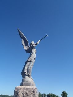 Trumpeting angel, St. Joseph Catholic Cemetery, Flush, Kansas
