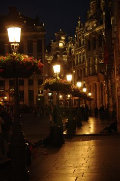The Grand Place is a visual wonderland - whether you visit during the day or evening. https://gum.co/Aggn/introductorydiscount