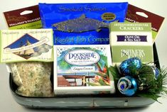 Seafood Delight | Gourmet Holiday Gift Basket of Clam, Crab, and Lobster Favorites - http://www.yourgourmetgifts.com/seafood-delight-gourmet-holiday-gift-basket-of-clam-crab-and-lobster-favorites/