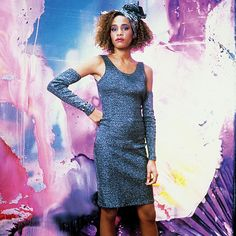 I'm not kidding: Whitney's makeup still looks incredible now. 80s Dress, Fancy Dress, Dress Up, Bodycon Dress, Beverly Hills, Whitney Houston 80s, Vanity Fair Oscar Party, Celebs, Celebrities