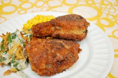 Everybody loves a good fried chicken, right? With a healthier mindset lately {because of bathing suit season weeks away}, I've opted to ba...