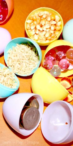 12 Games and Activities to Teach Children about the Five Senses ~ Learn Play Ima. - 12 Games and Activities to Teach Children about the Five Senses ~ Learn Play Imagine - Five Senses Preschool, 5 Senses Activities, My Five Senses, Kindergarten Science, Preschool Classroom, Sensory Activities, Hands On Activities, Teaching Science, Science For Kids