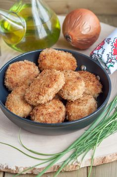 If there is any Slavic blood runs in your veins you are familiar with tender and juicy meat or fish patties called kotlety. Delicious and rustic! Pork Recipes, Cooking Recipes, Fish Patties, Kindergarten, Creamy Tomato Sauce, Pork Rinds, Russian Recipes, Freezer Meals, Kindergartens