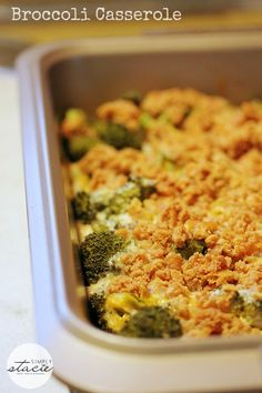 Broccoli Casserole- broccoli in a creamy mushroom sauce topped with a buttery cracker topping. This casserole is so easy to make and is always a hit! Side Dish Recipes, Vegetable Recipes, Vegetarian Recipes, Cooking Recipes, Ovo Vegetarian, Broccoli Recipes, Chicken Broccoli, Cheesy Chicken, Lemon Chicken
