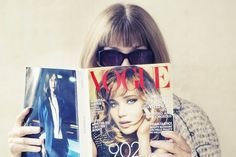 Stop the presses: Anna Wintour has made her Instagram debut. The Vogue editor-in-chief did a #voguestagram (yep, it's a thing) in honor of the magazine's big September issue -- er, #TheSeptemberIssue.