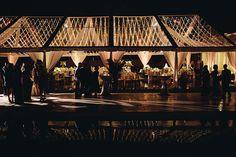 Outdoor tent wedding in Orlando, Florida. Lighting by keventlighting.com. #tentwedding #outdoorwedding